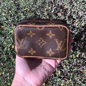 Louis Vuitton Wapity Mini camera bag